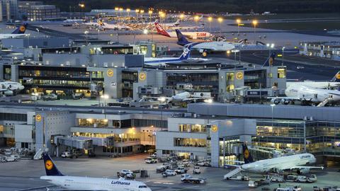 Nachtbetrieb am Frankfurter Flughafen