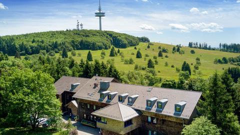 Luftaufnahme der Jugendherberge Hoherodskopf