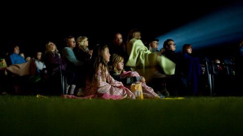 Zuschauer beim Wölfersheimer Kinosommer