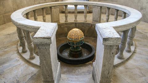 Kurbrunnen in der Trinkkuranlage