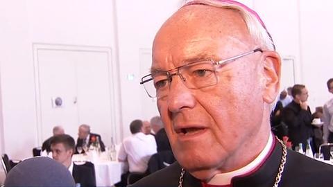 Bischof Algermissen bei seinem Abschied in den Ruhestand im Fuldaer Dom