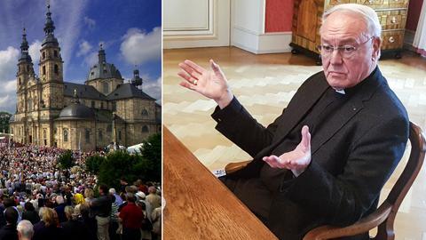 Bischof Algermissen rechts, der Fuldaer Dom links