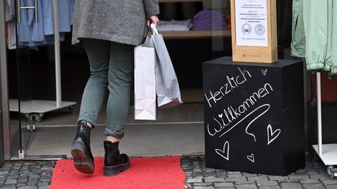 Shoppen ist in Alsfeld seit Donnerstag wieder möglich.