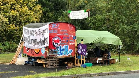 Besetzungsposten am Riederwald in Frankfurt.