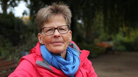 Dr. Constance Ohms forscht zum Lebensalltag transgeschlechtlicher Menschen und leitet eine Beratungsstelle.