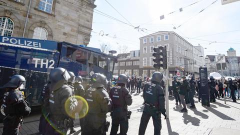 Polizeieinsatz bei der Querdenker-Demo in Kassel am 20. März 2021