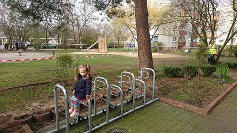 """Spielplatz geschlossen: """"Ich bin ein wenig traurig"""", schreibt die dreijährige Luna aus Rüsselsheim"""