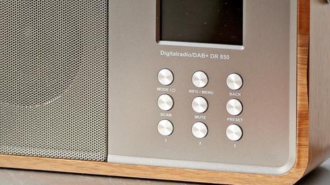 Radio für dem Empfang von DAB+