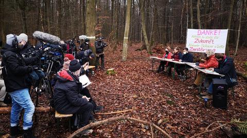 Wald-Pressekonferenz im Dannenröder Forst
