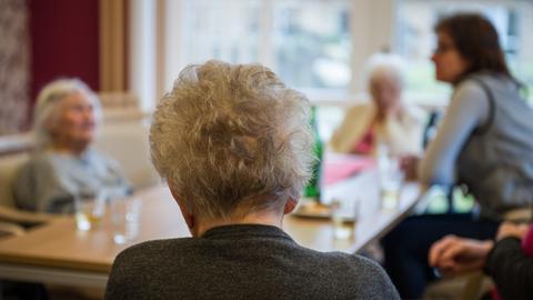 Demenz-Patienten in einer Wohnanlage