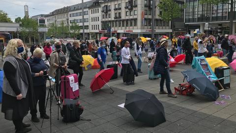 Auch in Kassel demonstrierten Inhaber von Reisebüros für sofortige Hilfen.