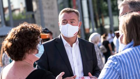 Hanaus Oberbürgermeister Claus Kaminsky (SPD) bei einer Gedenkveranstaltung (Archiv).