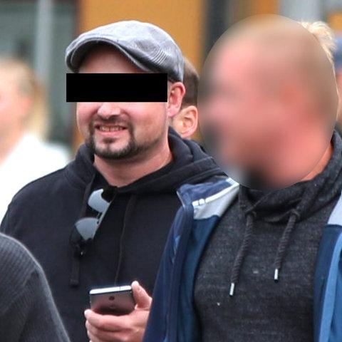 Stephan Ernst (re.) und Markus H. (li.) 2018 auf einer Demonstration in Chemnitz.