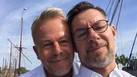 Erste Homoehe in Frankfurt: Martin Daume und Ralf Giese