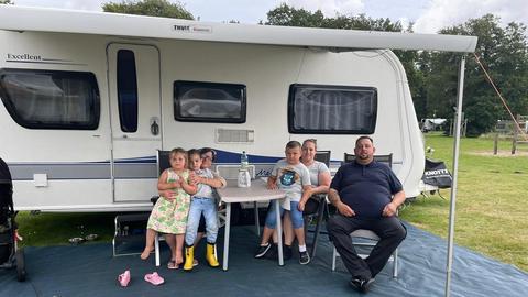 Familie Unger beim Campingurlaub