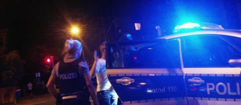 Eine von mehreren Festnahmen eines mutmaßlichen Serienbrandstifters, der Anschläge auf alternative Zentren verübt haben soll