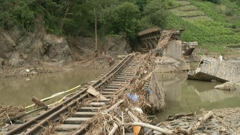 Wiederaufbau nach der Jahrhunderflut im Ahrtal