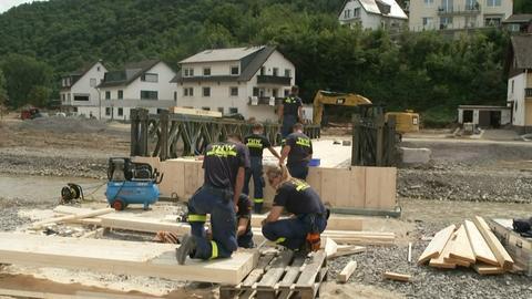 Wiederaufbau nach der Jahrhunderflut in Ahrtal