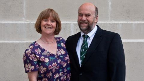 Ehepaar Karen und Angus Foxley