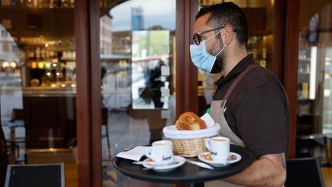 Gastronomie: Ab Stufe 2 dürfen Cafés und Restaurants ihren Innenbereich für Gäste öffnen.