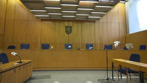 Der Saal beim Lübcke Prozess vor dem OLG Frankfurt