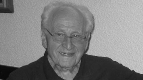 Ehrenbürger Dr. Bar Menachem