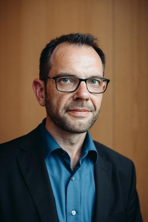 Reiner Becker leitet das Demokratiezentrum Hessen an der Universität Marburg.