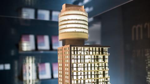 Henninger-Turm Frankfurt Modell