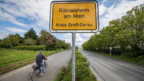 Ortsschild von Rüsselsheim