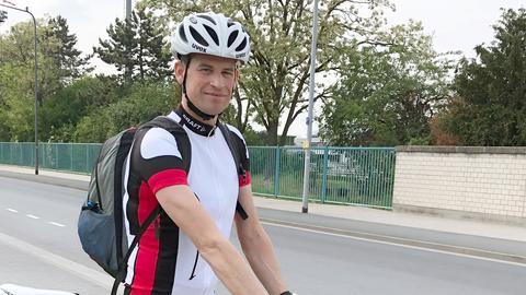 Benedikt Lind aus Frankfurt auf seinem Fahrrad