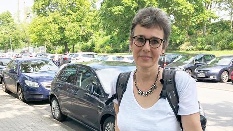Carola Pahl aus Wiesbaden auf ihrem Fahrrad