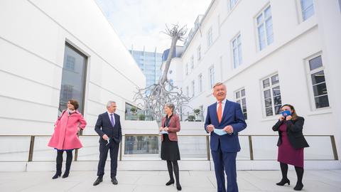 Präsentation des neuen Jüdischen Museums in Frankfurt mit u.a. Direktorin Mirjam Wenzel (l.), Oberbürgermeister Peter Feldmannm, Kulturdezernentin Ina Hartwig