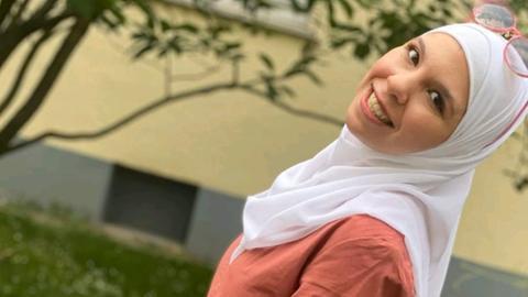 Kinda aus Syrien, ist mit 13 in die Türkei und mit 15 nach Deutschland gefohen