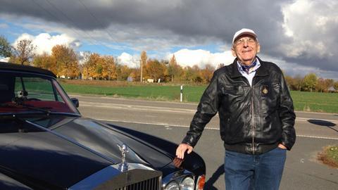 Klaus Barski auf Taunus-Tour mit seinem Rolls Royce.