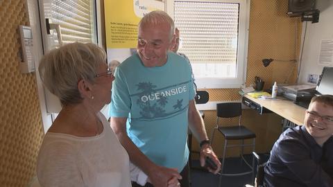 Ehepaar Lummel zu Besuch im Hörfunkstudio