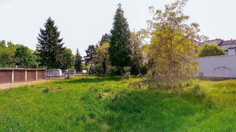 Noch kein Haus da: Das noch unbebaute Grundstück von Kolle in Frankfurt-Griesheim.