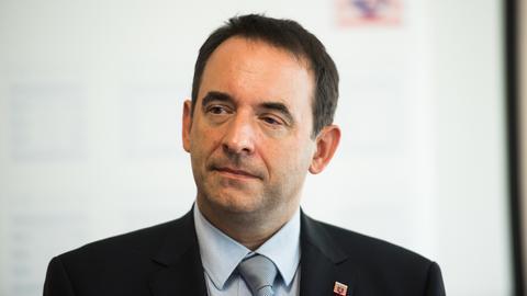 Portrait Kultusminister Alexander Lorz von der CDU.