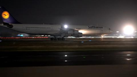 Eine Lufthansa-Maschine am Frankfurter Flughafen, die aus Afghanistan kam.
