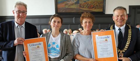 Marburger Leuchtfeuer für Ruby Hartbrich und Kristina Hänel