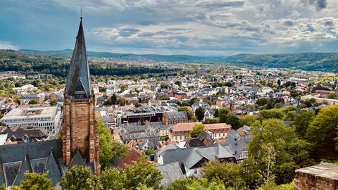 Blick auf Marburg vom Schloss aus