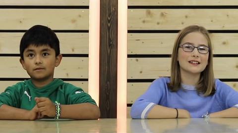 Kinder suchen per Video einen neuen Pfarrer für die Gemeinde St. Peter.