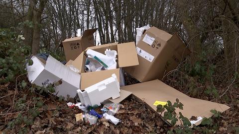 Illegale Mülldeponie in Wiesbaden