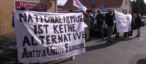 """Das Treffen der """"Aufrechten"""" traf auf Gegendemonstranten in Obertshausen"""