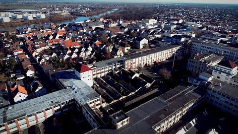 Blick auf das Opel-Altwerk in Rüsselsheim