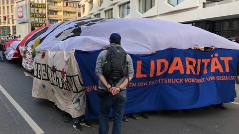 Demo gegen rechte Tendenzen in der Frankfurter Polizei