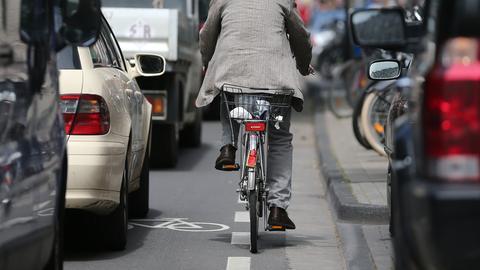Radfahrer im Stadtverkehr