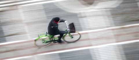 Radfahrer auf der Frankfurter Zeil