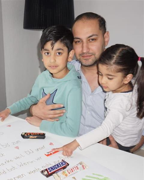 Ramin Mahbubie und Kinder