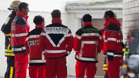 Rettungskräfte nach einem Einsatz