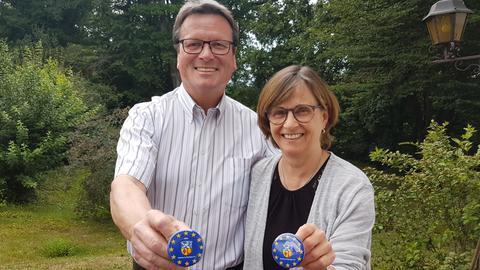 """Roland und Gudrun Esch vom Verein """"Aßlar, Partner in Europa."""""""